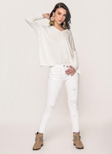 Loves You Yüksek Bel Kesik Paça Yırtık Jean Pantolon Beyaz
